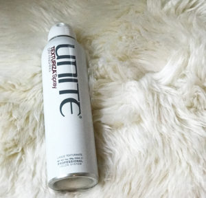 unite texturizing spray - perfect for the first day after hair wash!